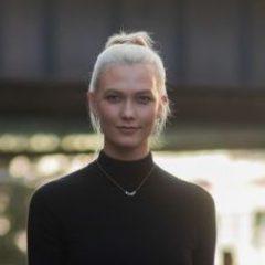 ファッションウィークでわかった セレブの今季リアルトレンドは白シューズ!