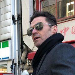 ヒュー・ジャックマンが来日! 到着前には、日本のファンへビデオメッセージも