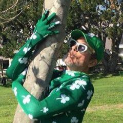 家も、服も、ぜ〜んぶ緑! セント・パトリックス・デーを盛大に祝うセレブたち