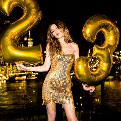 ジジの誕生日パーティーで見せた、ハディッド母娘のドレス姿がゴージャスすぎる!