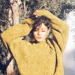 心も体もポカポカ 寒い冬だからこそマネしたい、ヴァネッサ・ハジェンズのカラーコーデ