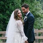 共演者も参列 『LUCIFER/ルシファー』のトム・エリスが結婚!