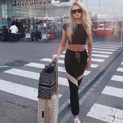 リラックスしつつもオシャレに 空港スタイルはセレブがお手本!