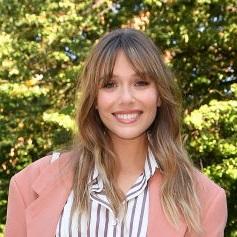 エリザべス・オルセンはピンクのジャケット! ミラノ・ファッションウィークのベストコーデ