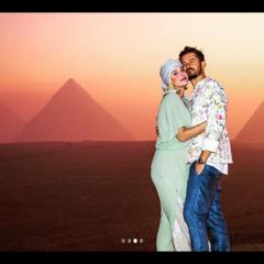 ケイティ・ペリー、婚約者オーランド・ブルームとエジプトで誕生日をお祝い