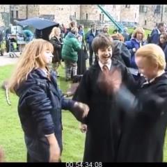 エマの悔しそうな顔が可愛すぎる マルフォイ役俳優が『ハリー・ポッター』の貴重な撮影ウラ動画を公開